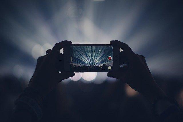 focení mobilem