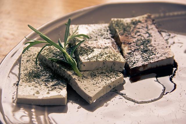 tofu s bylinkami